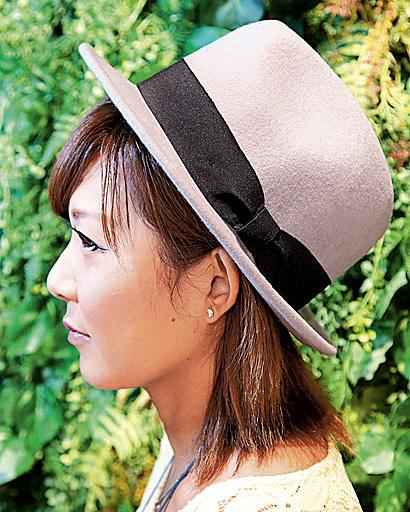 初秋の装いは帽子とともに