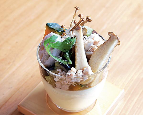キノコと秋野菜のあんかけフラン